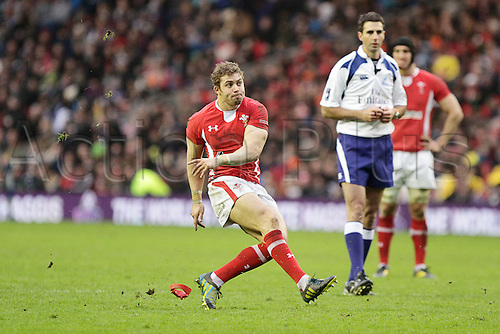 09.03.2013 Edinburgh, Scotland.Full back, Leigh Halfpenny kicks a penalty for Wales in action during the Six Nations game between Scotland and Wales from Murrayfield