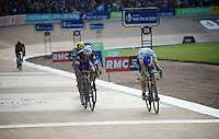 Matthew Hayman (AUS/Orica-GreenEDGE) jumps the line ahead of 4-time winner Tom Boonen (BEL/Etixx-QuickStep) and wins the 'Hell of the North' in style.<br /> <br /> 114th Paris-Roubaix 2016