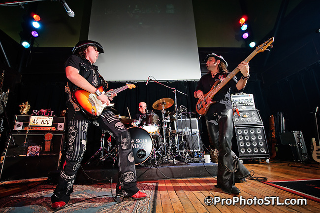 New Soul Cowboys performing at Old Rock House in Saint Louis on Jan 16, 2009.