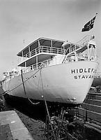 Scheepswerf Beliard Murdoch in Antwerpen.  April 1964.  Schip Hildefjord.