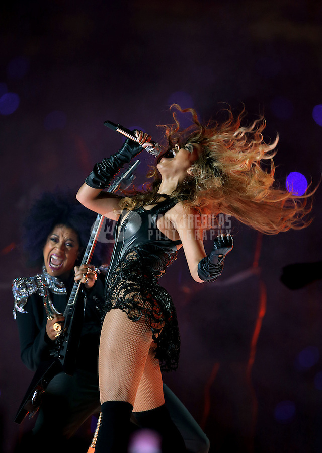 Feb 3, 2013; New Orleans, LA, USA; Recording artist Beyonce performs during the halftime show in Super Bowl XLVII between the San Francisco 49ers and the Baltimore Ravens at the Mercedes-Benz Superdome. Mandatory Credit: Mark J. Rebilas-