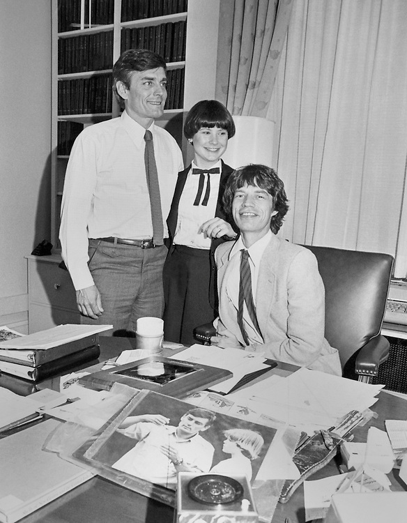 Rep. William Vollie ìBillî Alexander, D-Ark., House of Representatives Member, in an office with employee of Memphis, Tennessee. (Photo by Keith Jewell/CQ Roll Call)