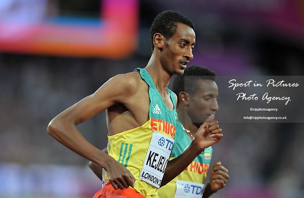 Yomif KEJELCHA (ETH) in the mens 5000m final. IAAF world athletics championships. London Olympic stadium. Queen Elizabeth Olympic park. Stratford. London. UK. 12/08/2017. ~ MANDATORY CREDIT Garry Bowden/SIPPA - NO UNAUTHORISED USE - +44 7837 394578