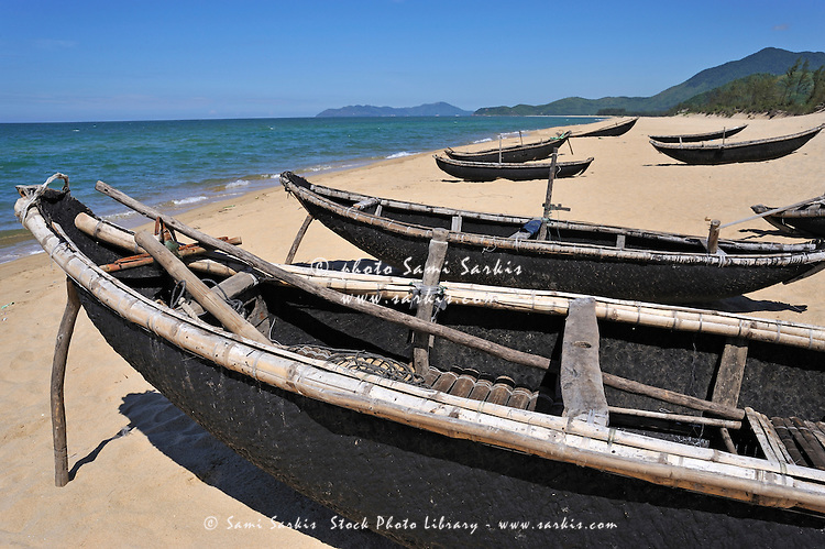 Traditionnal fishing boats on Vinh Hien beach, near Hue, Vietnam