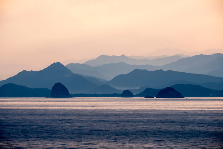 Shikoku Island is the smallest of Japan's four main islands.The coast of Shikoku is dotted with numerous small ports, fishing villages and salt collecting areas.