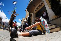 NOVA FRIBURGO, RJ, 12 DE JANEIRO 2012 - PROTESTO NOVA FRIGURBO - Após um ano que aconteceu a maior catastrofe climática do rio de janeiro,o povo se reune nas praça de nova friburgo pra protestar e reinvidicar após um ano de abandono FOTO: FERNANDO FERREIRA - NEWS FREE.