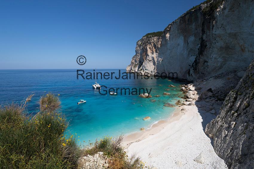 Greece, Ionian Islands, Paxos: Erimitis beach on west coast | Griechenland, Ionische Inseln, Paxos: Erimitis beach an der Westkueste