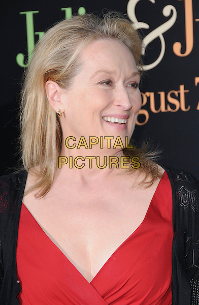 "MERYL STREEP .at The Columbia Pictures' Screening of  ""Julie & Julia"" held at The Mann's Village Theatre in Westwood, California, USA, July 27th 2009.                                                                   .portrait headshot red profile smiling black .CAP/DVS.©Debbie VanStory/RockinExposures/Capital Pictures"