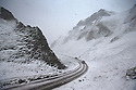 18/11/16<br /> <br /> Cars make their way up Winnats Pass after heavy snowfall turns the Peak District near Castleton into a winter wonderland.<br /> <br /> All Rights Reserved F Stop Press Ltd. (0)1773 550665   www.fstoppress.com