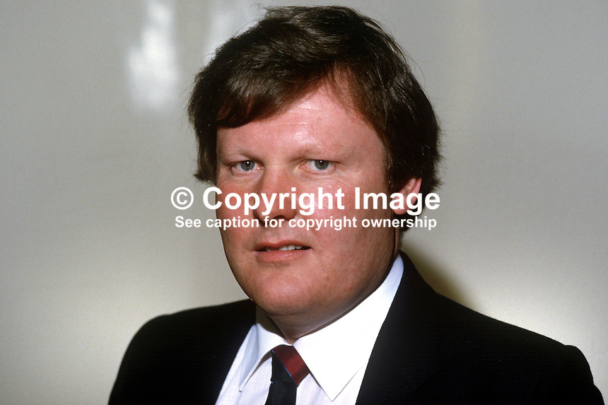 Wallace Brown, councillor, Democratic Unionist Party, Belfast, N Ireland, 19850507WB1..Copyright Image from Victor Patterson, 54 Dorchester Park, Belfast, UK, BT9 6RJ..Tel: +44 28 9066 1296.Mob: +44 7802 353836.Voicemail +44 20 8816 7153.Skype: victorpattersonbelfast.Email: victorpatterson@me.com.Email: victorpatterson@ireland.com (back-up)..IMPORTANT: If you wish to use this image or any other of my images please go to www.victorpatterson.com and click on the Terms & Conditions. Then contact me by email or phone with the reference number(s) of the image(s) concerned.