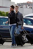 MADRID, ESPANHA, 21 MAIO 2012 - APRESENTACAO SELECAO ESPANHOLA - Jogador Adrian(e) e David de Gea (d) durante chegada nessa terca-feira (21) a cidade de Las Rozas de Futebol, para concentracao da selecao espanhola para os amistosos contra as Seleçoes da Suíça, a Servia e Coreia do Sul.FOTO: ALEX CID-FUENTES - ALFAQUI - BRAZIL PHOTO PRESS, <br /> <br /> Photo: Alex Cid-Fuentes / ALFAQUI