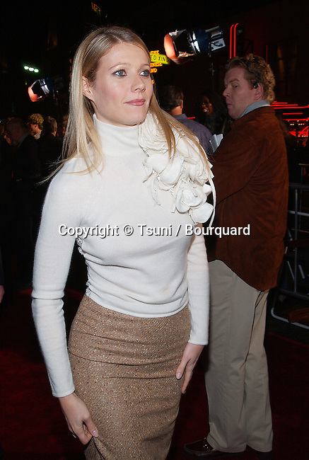 Gwyneth Paltrow  arriving at the The Royal Tenenbaums premiere at the El Captain Theatre in Los Angeles. December 6, 2001.           -            PaltrowGwyneth02A.jpg