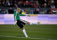 21 November 2010: FC Dallas goalkeeper Kevin Hartman #1 in action during the 2010 MLS CUP between the Colorado Rapids and FC Dallas at BMO Field in Toronto, Ontario Canada..The Colorado Rapids won 2-1 in extra time....