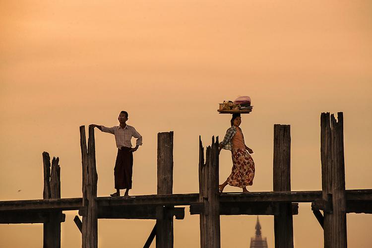 Myanmar,U Bien Bridge,Mandalay,september,2013