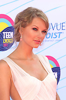 UNIVERSAL CITY, CA - JULY 22: Taylor Swift at the 2012 Teen Choice Awards at Gibson Amphitheatre on July 22, 2012 in Universal City, California. © mpi28/MediaPunch Inc. /NortePhoto.com*<br />  **CREDITO*OBLIGATORIO** *No*Venta*A*Terceros*<br /> *No*Sale*So*third* ***No*Se*Permite*Hacer Archivo***No*Sale*So*third*©Imagenes*