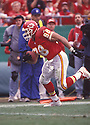 Kansas City Chiefs Tony Gonzalez (88) during a game against the Oakland Raiders on October 15, 2000 at Arrowhead Stadium in Kansas City, Missouri.  The Raiders beat the Chiefs 20-17. Tony Gonzalez played for 17 years with 2 teams and was a 14-time Pro Bowler.
