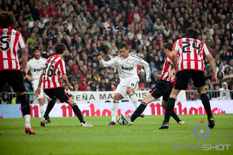 Real Madrid vs Athletic Bilbao, Bernebau Stadium, Madrid Spain May 2010, Renaldo