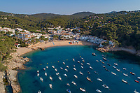 Luftaufnahme vom Strand in Tamariu, Costa Brava, Spanien, Mittelmeer / Aerial View from Beach in Tamariu, Costa Brava, Spain Mediterranean Sea