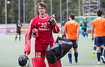 DEN HAAG - keeper Sam van der Ven   voor  de trainingswedstrijd hockey Nederland-Argentinie (1-2). COPYRIGHT KOEN SUYK