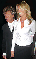 ROD STEWART PENNY LANCASTER 09/17/02<br /> Photo By John Barrett/PHOTOlink.net / MediaPunch