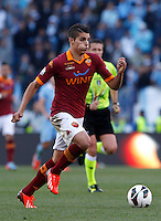 Calcio, finale di Coppa Italia: Roma vs Lazio. Roma, stadio Olimpico, 26 maggio 2013..AS Roma forward Erik Lamela, of Argentina, in action during the Italian Cup football final match between AS Roma and Lazio at Rome's Olympic stadium, 26 May 2013..UPDATE IMAGES PRESS/Isabella Bonotto....