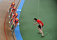 CALI – COLOMBIA – 26-02-2014: Eloy Teruel, Sebastian Mora, David Muntaner y Albert Torres equipo de España durante competencia de Persecucion por Equipos masculino en el Velodromo Alcides Nieto Patiño, sede del Campeonato Mundial UCI de Ciclismo Pista 2014. / Eloy Teruel, Sebastian Mora, David Muntaner y Albert Torres of the Spain team during the test of the Men´s Team Persuit at the Alcides Nieto Patiño Velodrome, home of the 2014 UCI Track Cycling World Championships. Photos: VizzorImage / Luis Ramirez / Staff.