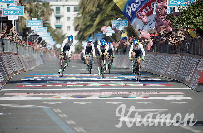 The finish line of the TTT is at the exact same place where Simon Gerrans (AUS/Orica-GreenEDGE) won Milan-San Remo in 2012 and now where he takes the first pink jersey of the 2015 Giro d'Italia<br /> <br /> stage 1: San Lorenzo Al Mare - San remo (TTT/17.6km)