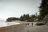 USA, Alaska, Homer, China Poot Bay, Kachemak Bay, hiking around to the point at Kachemak Bay Wilderness Lodge