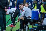 AMSTELVEEN - Mirco Pruyser (Adam) en Billy Bakker (Adam) met straf  tijdens de competitie hoofdklasse hockeywedstrijd heren, Pinoke-Amsterdam (1-1)   COPYRIGHT KOEN SUYK