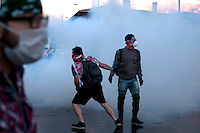 Turkey/Istanbul/June 1 ,2013. Protesters fight with police in Besiktas area in Istanbul.Thousands of  Anti-government Turkish protesters  fight with police and they called on Prime Minister Recep Tayyip Erdogan to resign. <br /> Giorgos Moutafis /Felix Features