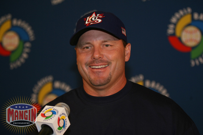 Roger Clemens. Baseball: World Baseball Classic game between Canada and USA at Chase Field in Phoenix, AZ on March 8, 2006. Photo by Brad Mangin