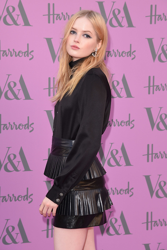 Ellie Bamber<br /> arriving for the V&A Summer Party 2018, London<br /> <br /> ©Ash Knotek  D3410  20/06/2018
