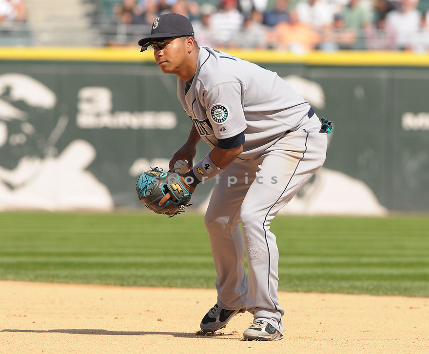 JOSE LOPEZ, of the Seattle Mariners , in action during the Mariners game against the Chicago White Sox, in Chicago, IL  on August 20, 2008..The Chicago White Sox  won 15-3