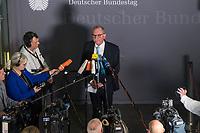 """Konstituierende Sitzung des 2. Untersuchungsausschusses der 19. Wahlperiode des Deutschen Bundestag zur PKW-Maut am Donnerstag den 12. Dezember 2019.<br /> Der Ausschuss wurde zur Aufklaerung der Mautvertraege zwischen dem Verkehrsministerium unter Leitung von Andreas Scheuer (CSU) und den Firmen Kapsch und CTS Eventim eingerichtet.<br /> Der Maut-Untersuchungsausschuss soll das Verhalten der Regierung und besonders des Verkehrsministers bei der Vorbereitung und der Vergabe der Betreibervertraege """"umfassend aufklaeren"""".<br /> Im Bild: Der Ausschussvorsitzende Udo Schiefner, SPD, bei seinem Pressestatement.<br /> 12.12.2019, Berlin<br /> Copyright: Christian-Ditsch.de<br /> [Inhaltsveraendernde Manipulation des Fotos nur nach ausdruecklicher Genehmigung des Fotografen. Vereinbarungen ueber Abtretung von Persoenlichkeitsrechten/Model Release der abgebildeten Person/Personen liegen nicht vor. NO MODEL RELEASE! Nur fuer Redaktionelle Zwecke. Don't publish without copyright Christian-Ditsch.de, Veroeffentlichung nur mit Fotografennennung, sowie gegen Honorar, MwSt. und Beleg. Konto: I N G - D i B a, IBAN DE58500105175400192269, BIC INGDDEFFXXX, Kontakt: post@christian-ditsch.de<br /> Bei der Bearbeitung der Dateiinformationen darf die Urheberkennzeichnung in den EXIF- und  IPTC-Daten nicht entfernt werden, diese sind in digitalen Medien nach §95c UrhG rechtlich geschuetzt. Der Urhebervermerk wird gemaess §13 UrhG verlangt.]"""