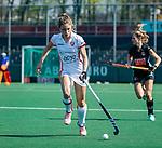 AMSTELVEEN -  Laura Nunnink (OR)  tijdens de hoofdklasse competitiewedstrijd hockey dames,  Amsterdam-Oranje Rood (5-2). COPYRIGHT KOEN SUYK