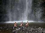 women at Waimoku Falls