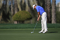 Lee Westwood (ENG) on the 8th green during Sunday's Final Round of the 2012 Omega Dubai Desert Classic at Emirates Golf Club Majlis Course, Dubai, United Arab Emirates, 12th February 2012(Photo Eoin Clarke/www.golffile.ie)