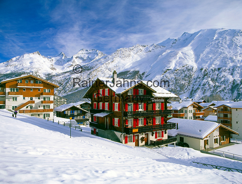 Switzerland, Valais, Saas Fee, International Wintersport Resort