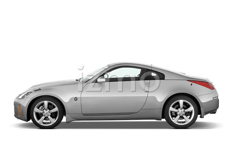 Driver side profile view of a 2008 Nissan 350z.