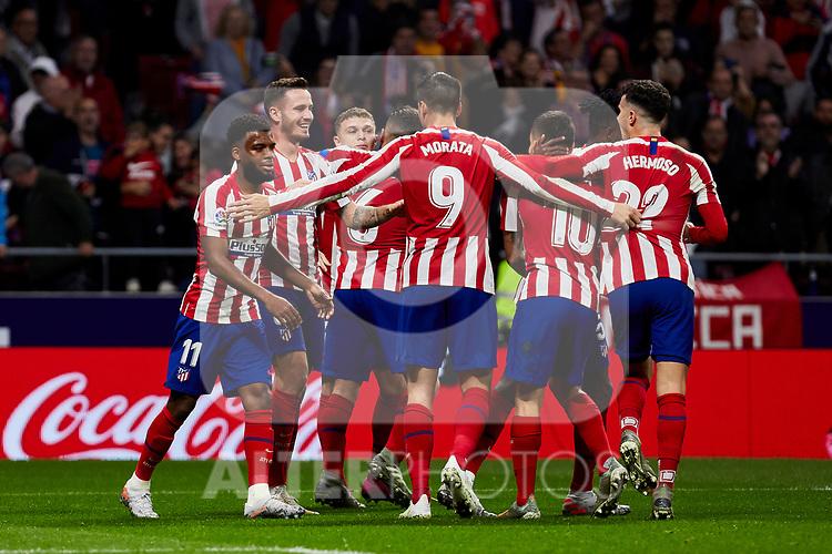 Players of Atletico de Madrid celebrate goal during the La Liga match between Atletico de Madrid and Athletic Club de Bilbao at Wanda Metropolitano Stadium in Madrid, Spain. October 26, 2019. (ALTERPHOTOS/A. Perez Meca)