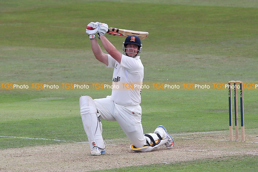 Jesse Ryder hits out for Essex - Essex CCC vs Gloucestershire CCC - LV County Championship Division Two Cricket at the Ford County Ground, Chelmsford - 30/06/14 - MANDATORY CREDIT: Gavin Ellis/TGSPHOTO - Self billing applies where appropriate - contact@tgsphoto.co.uk - NO UNPAID USE