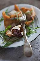 Europe/France/Midi-Pyrénées/65/Hautes-Pyrénées/Vallée du Louron/Loudenvielle: Raviolis de boudin noir de porc noir de Bigorre, recette de Didier Raynaud du restaurant le Chante-Coq