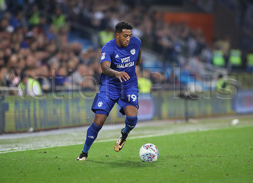 26th September 2017, Cardiff City Stadium, Cardiff, Wales; EFL Championship football, Cardiff City versus Leeds United; Nathaniel Mendez-Laing of Cardiff City breaks forward on the ball