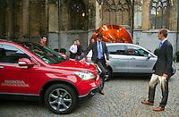 16-9-09, Netherlands,  Maastricht, Tennis, Daviscup Netherlands-France, Robin Haase en Thiemo de Bakker bij de official Honda's