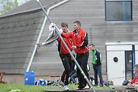 FIERLJEPPEN: JOURE: Accommodatie Koarte Ekers, Fierljepvereniging De Lege Wâlden Joure, 25-05-2013, Senioren Topklasse, Ysbrand en Oane Galama, ©foto Martin de Jong