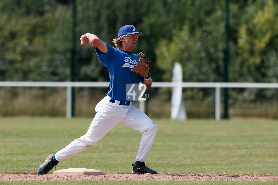 21 july 2010: Luc Piquet of France is seen during a practice prior to the 2010 European Championship Seniors, in Neuenburg, Germany.