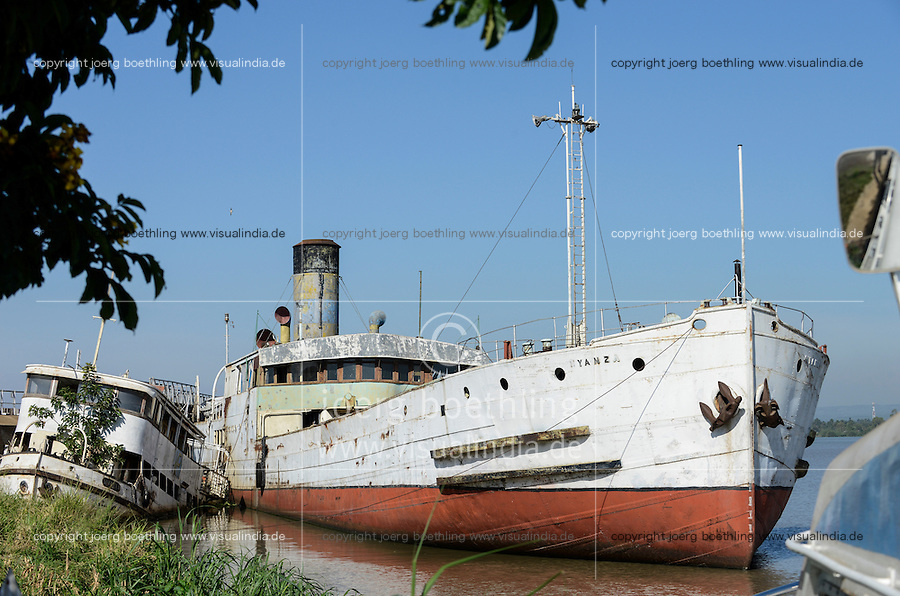 """KENYA Kisumu, old vessel MV Reli and SS Nyanza built 1907 by Bow, McLachlan and Company of Paisley in Renfrewshire, Scotland as knock down"""" vessel; that is, she was bolted together in the shipyard at Paisley, all the parts marked with numbers, disassembled into many hundreds of parts and transported in kit form by sea to Kenya for reassembly, since 2002 out of service / KENIA  Kisumu, altes Schiff MV Reli und Dampfschiff Nyanza, gebaut 1907 von Bow, McLachlan and Company of Paisley in Renfrewshire, Scotland, seit 2002 ausser Dienst"""