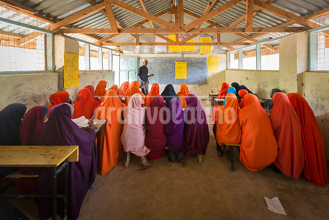 Mohamed Noor Madey teaches at Halane Primary School in  Daadab refugee camp in Kenya, with a population estimated in 250,000 people. Created in 1992 to host people escaping the civil conflict in Somalia, the camp under the custody of United Nations grew with waves of people escaping from civil wars and droughts. Generations are born, grown and died in this camp, considered the second largest of the World