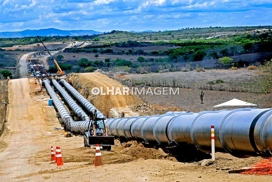 Obras de construçao do canal Acaua-Araçagi na Paraiba. 2015. Foto de Kleide Teixeira.