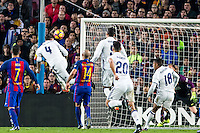 Real Madrid's Sergio Ramos scores draw during spanish La Liga match between Futbol Club Barcelona and Real Madrid  at Camp Nou Stadium in Barcelona , Spain. December 03, 2016. (ALTERPHOTOS/Rodrigo Jimenez)<br /> Gol Sergio Ramos <br /> Liga Campionato Spagna 2016/2017 <br /> 03-12-2016 Barcellona - Real Madrid <br /> Foto Alterphotos / Insidefoto <br /> ITALY ONLY